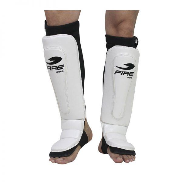 Par de espinilleras de PVC tipo calceta color Blanco
