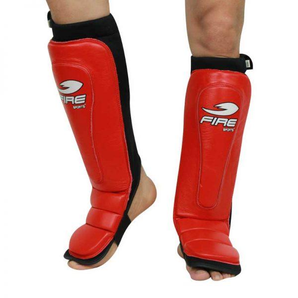 Par de espinilleras de PIEL tipo calceta color Rojo